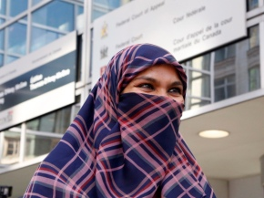 Harper Government Told They Must Allow Niqabs at Citizenship Ceremonies